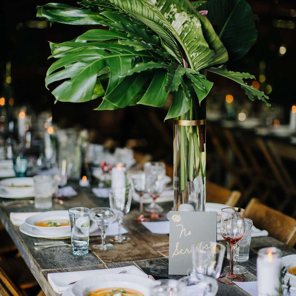 <p>tropical greenery tall centerpieces</p><br><br>