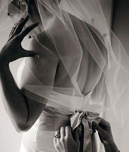 Preserving Your Wedding Dress: How To Preserve Your Wedding Veil—and Why You Should