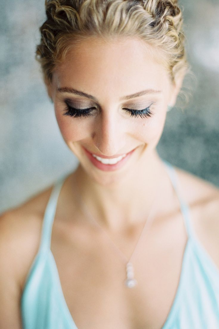 Flawless Wedding Photos: 6 Fool-Proof Makeup Tips for Looking Your