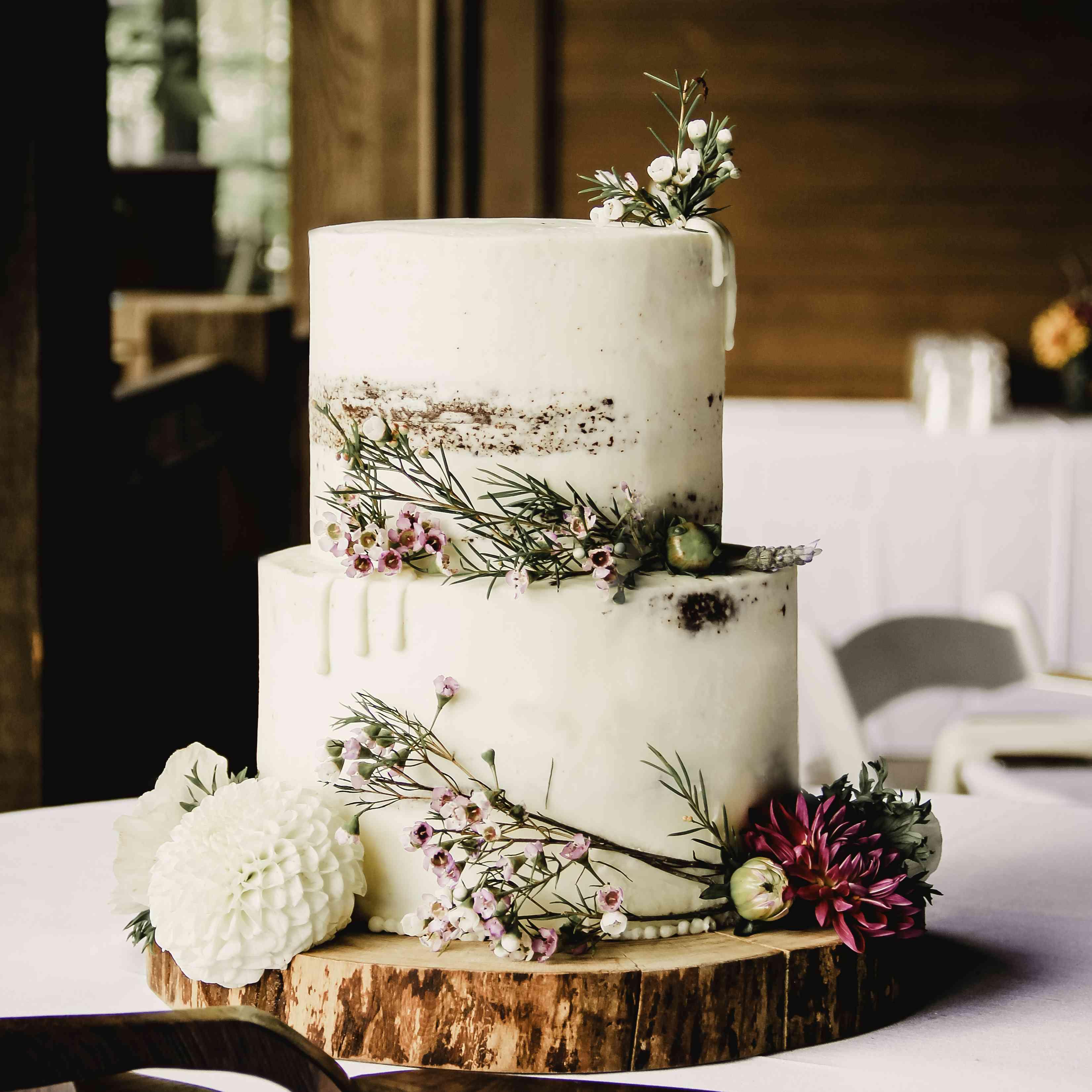 romantic rustic chocolate cake