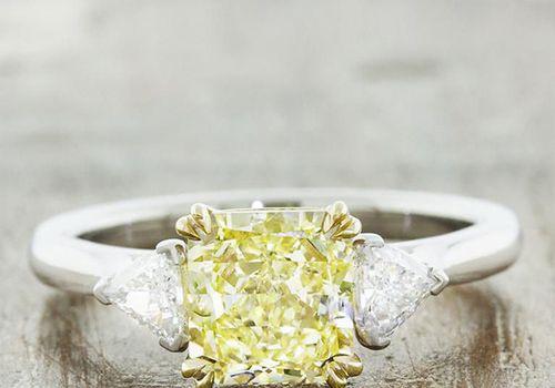 Square yellow diamond ring