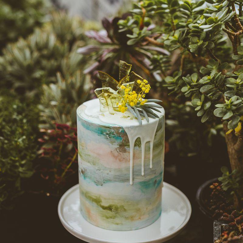 Watercolor Drip Wedding Cake