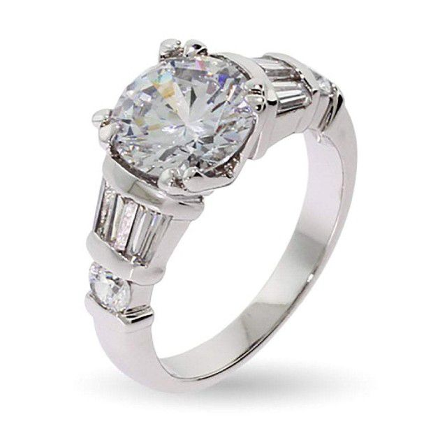 round cut center stone ring