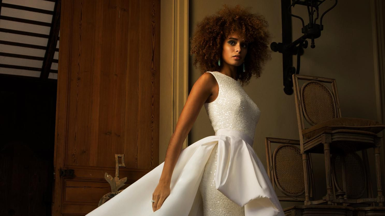 20 Sparkly Wedding Dresses for the Glamorous Bride