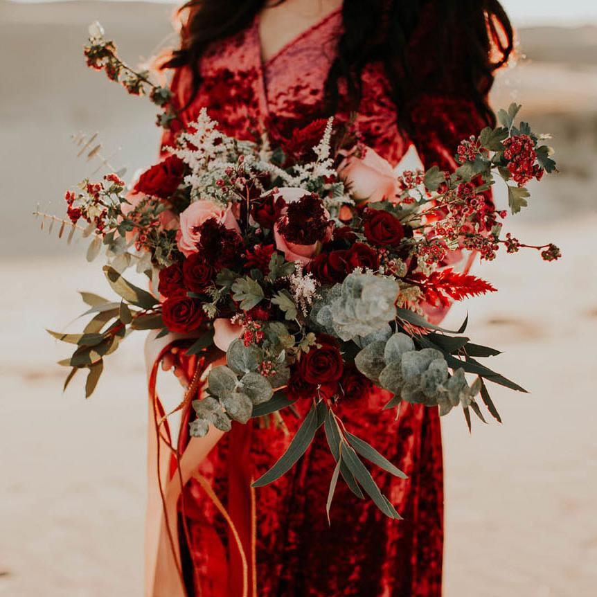 Red Rose Wedding Bouqet.27 Romantic Red Wedding Bouquets