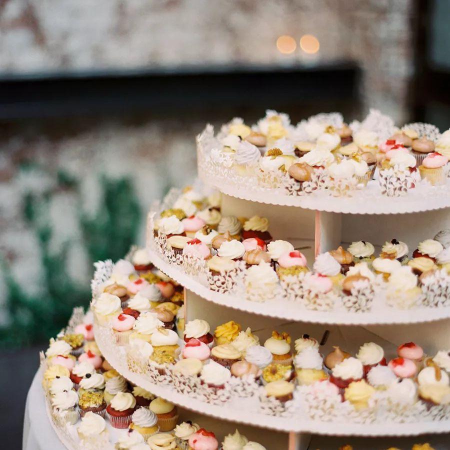 mini cupcake tower