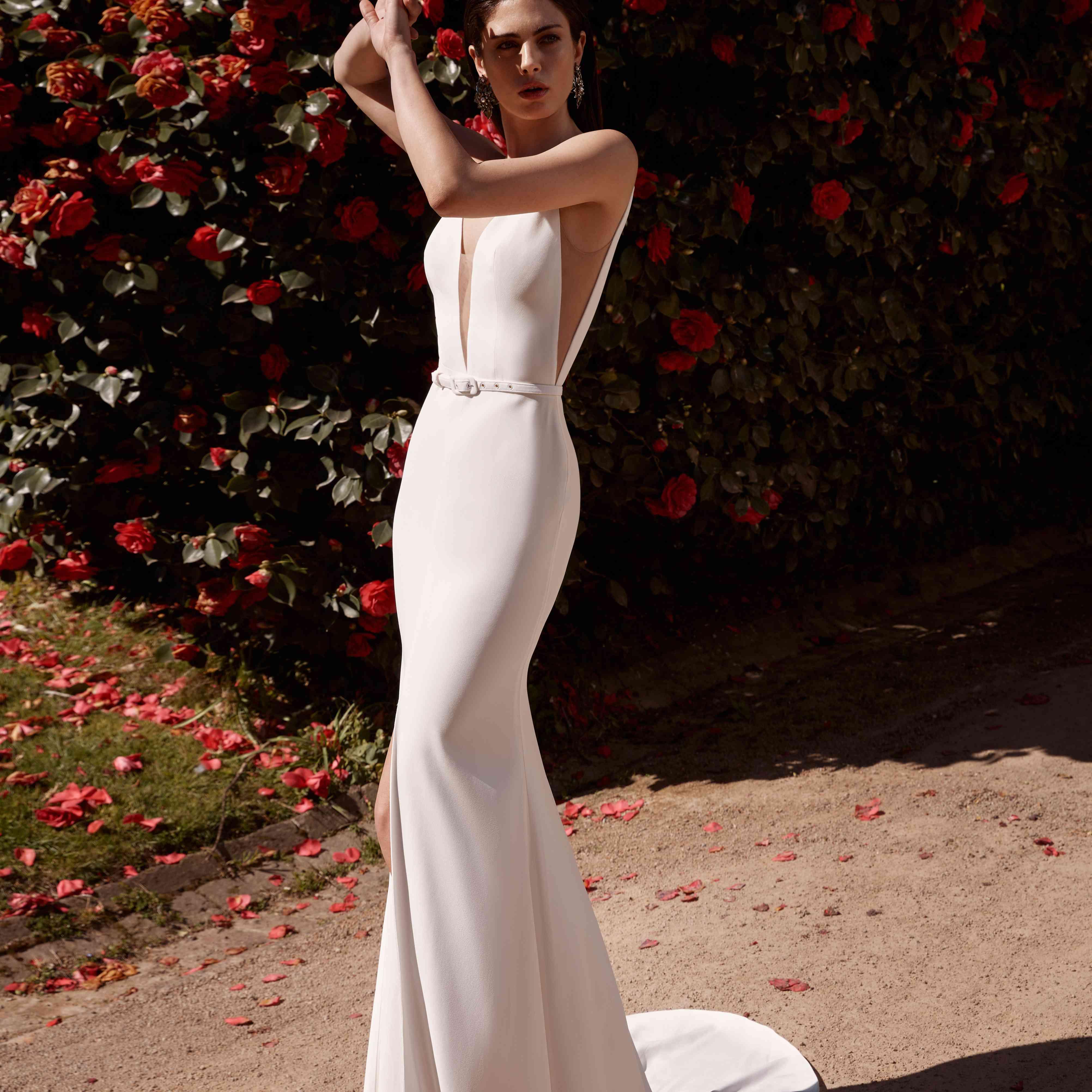 Elodie sleeveless wedding dress