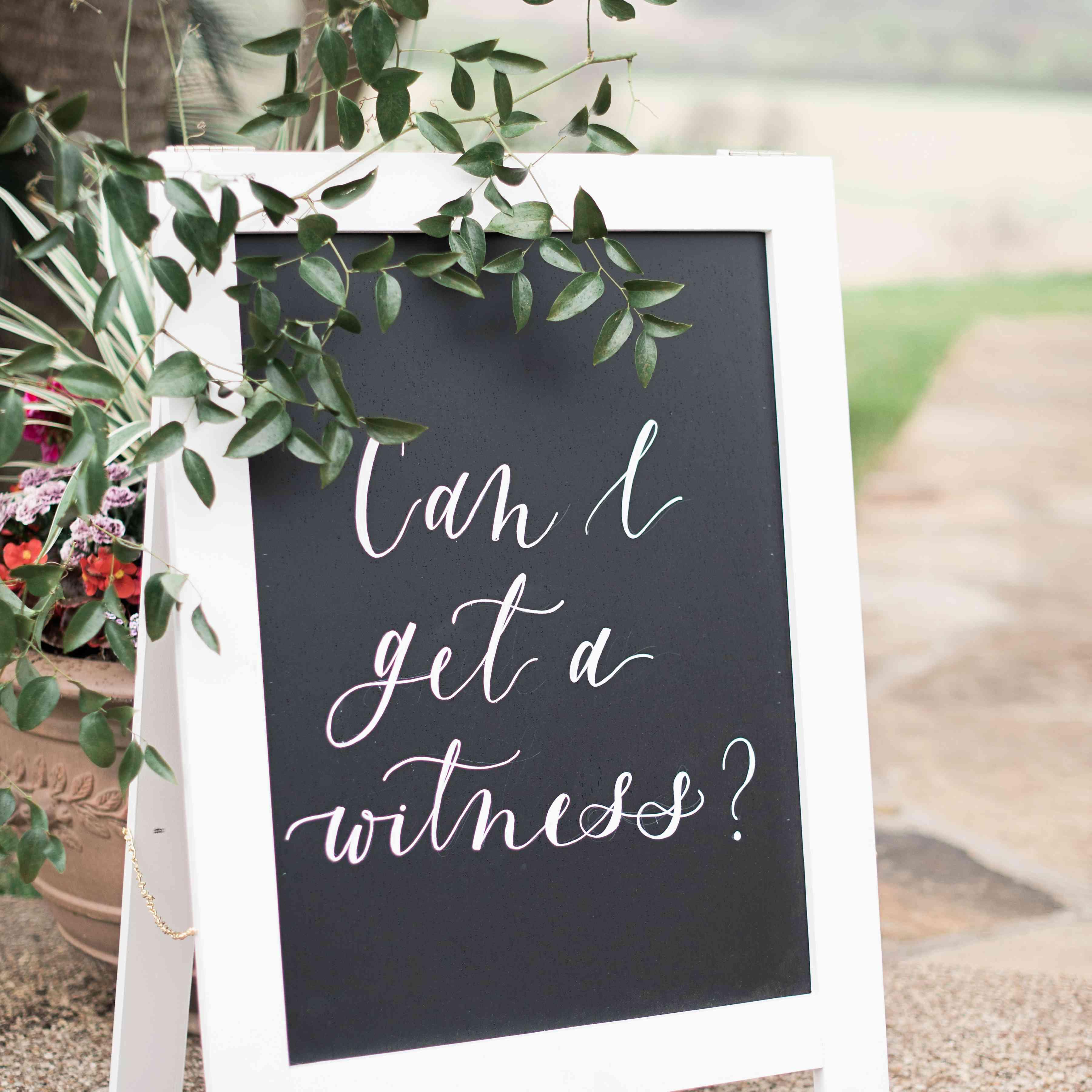 Black /& White Lights Chalkboard Effect Informal No Seating Plan Wedding Sign
