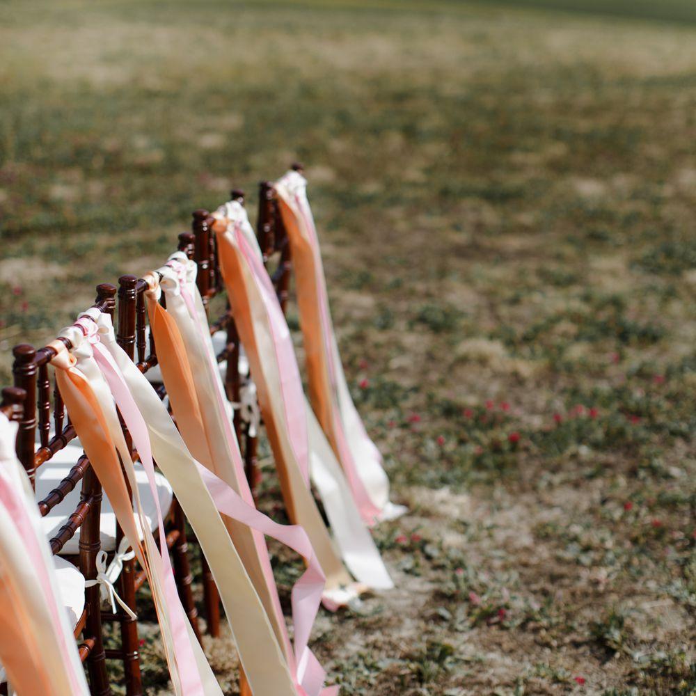 chair ribbon decor