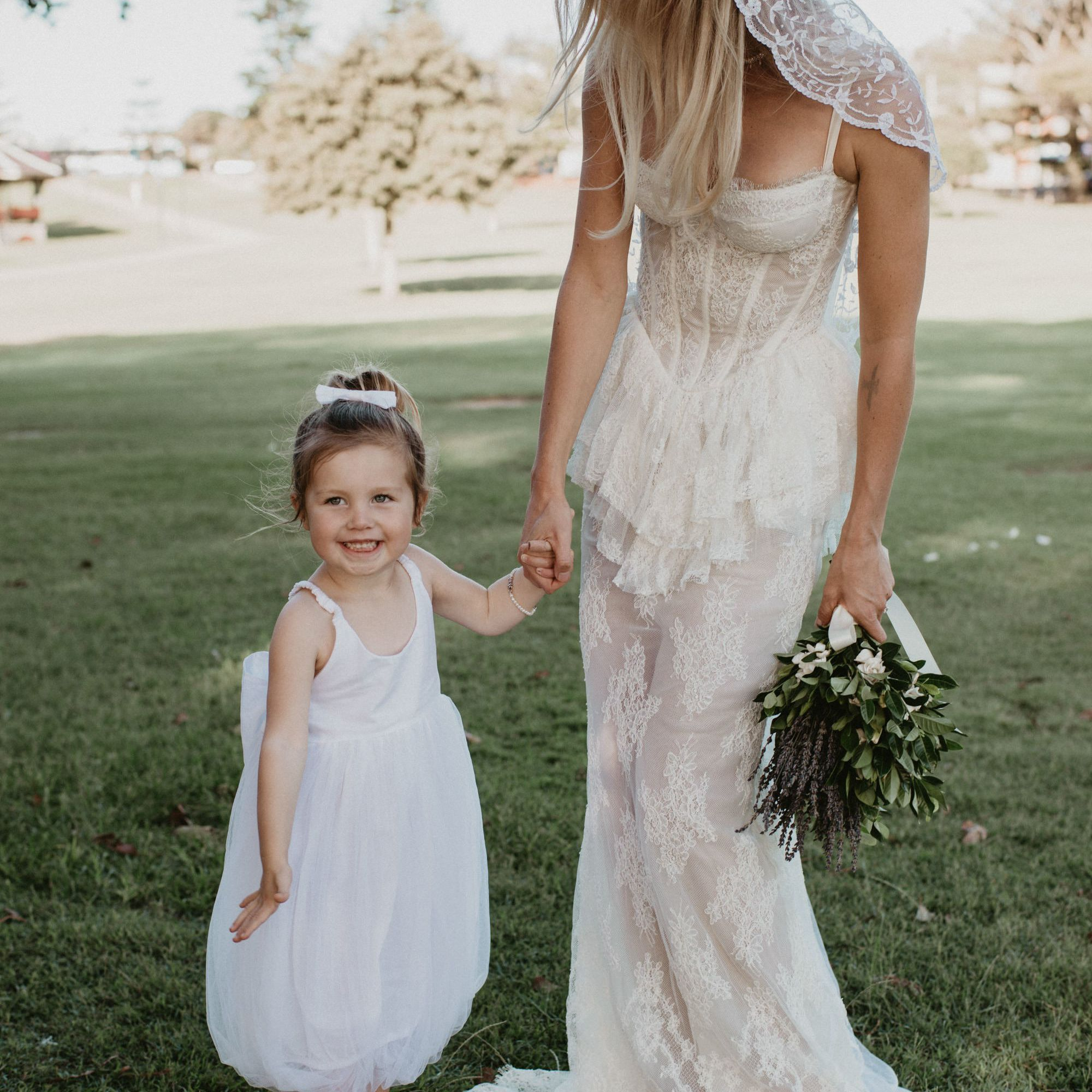 27 Must Take Photos Of The Cutest Kids At Your Wedding