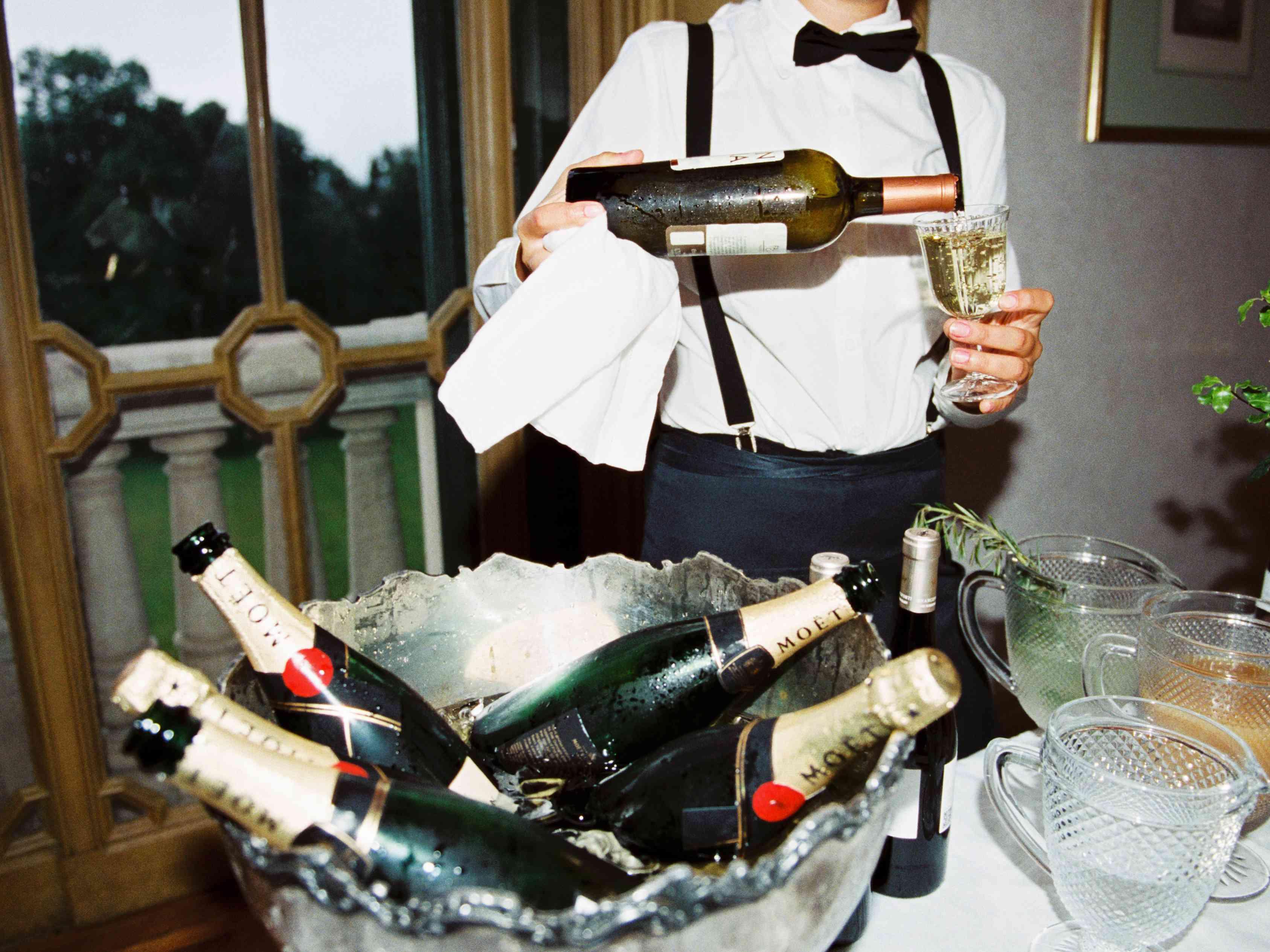 Northern Italian Wedding, Champagne