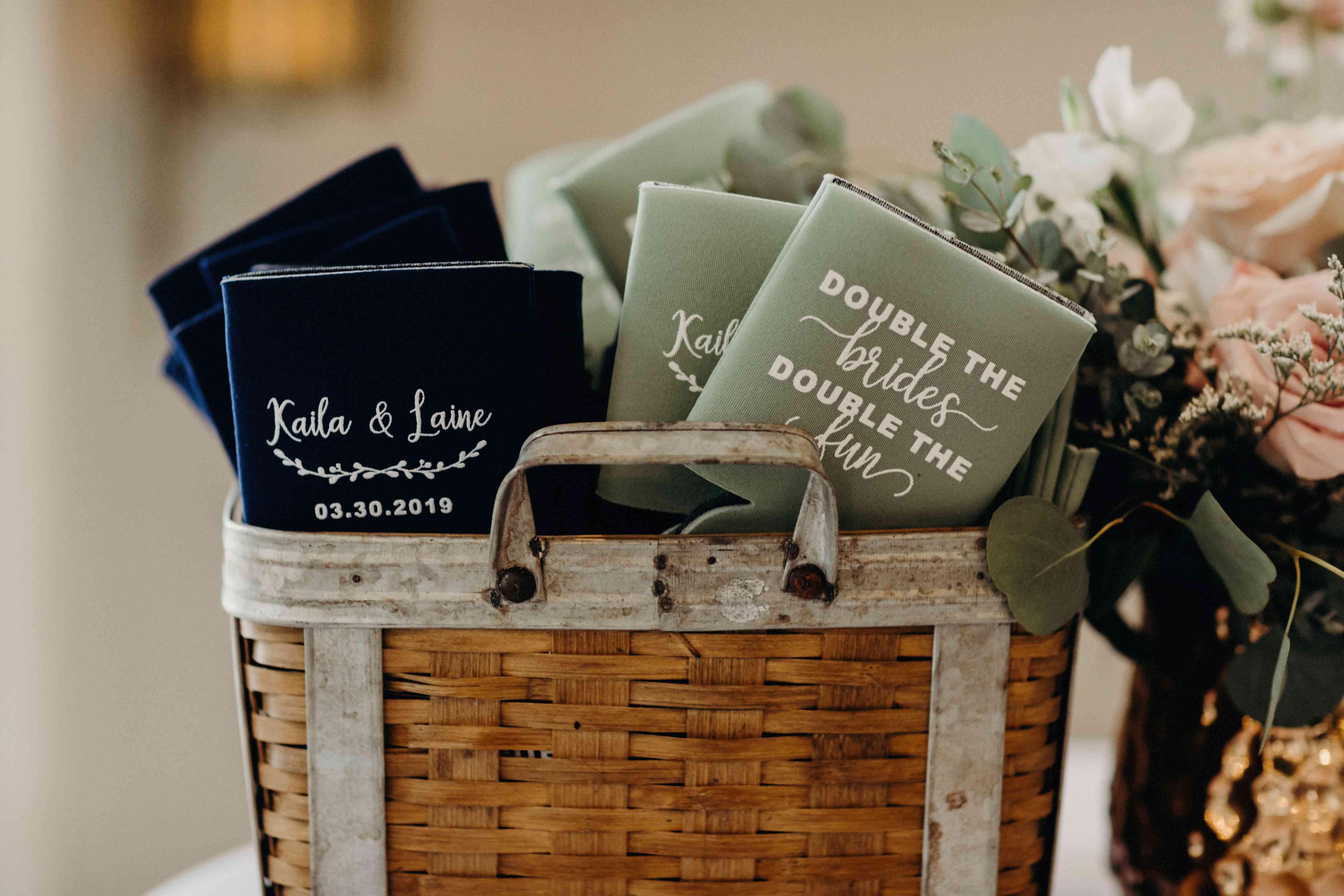 wedding favor koozies