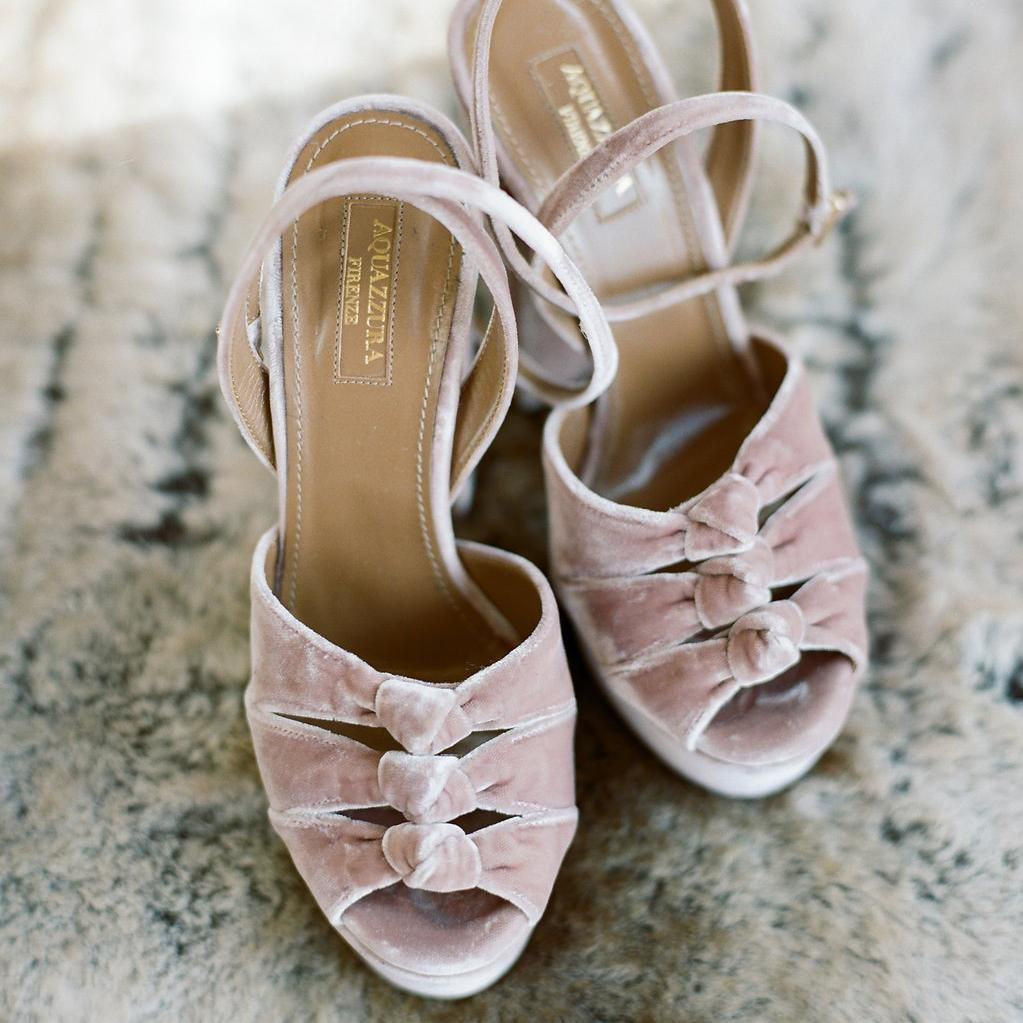 74665899695 7 Tips for Finding the Best Wedding Shoes