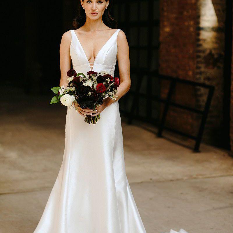 Bridal portrait holding bouquet