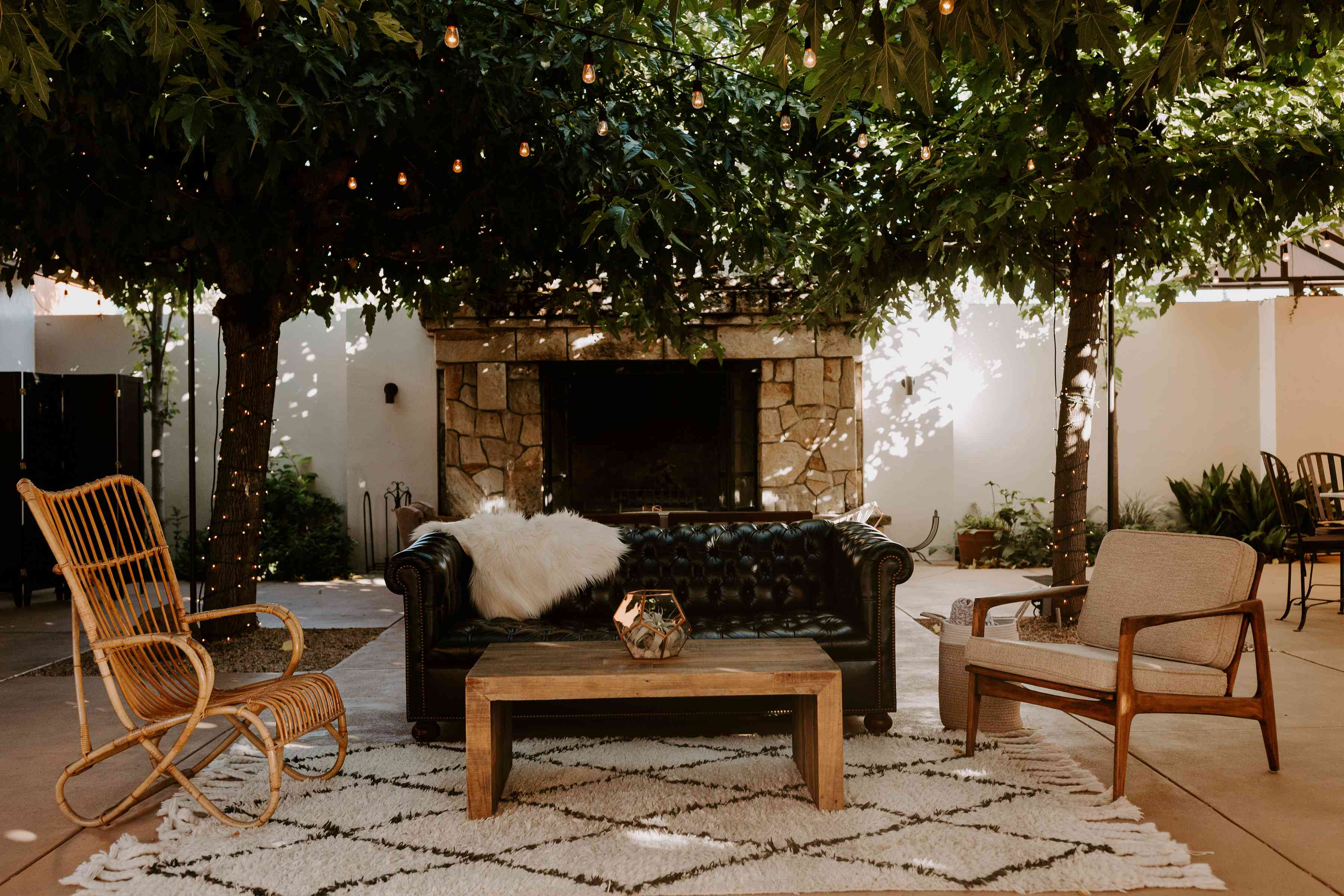 <p>lounge seating cocktail hour</p><br><br>