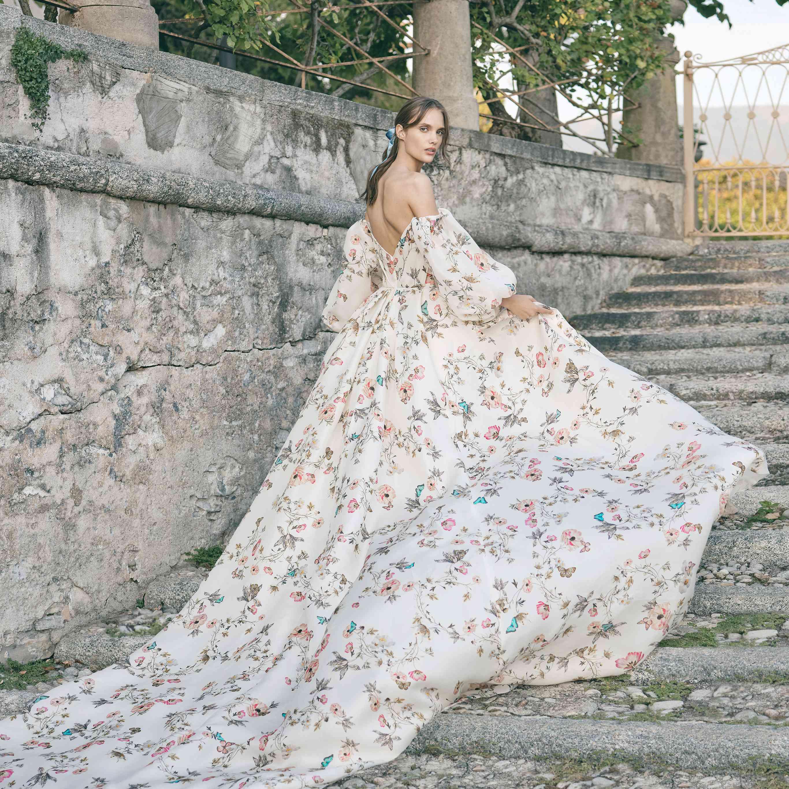 27 Floral Wedding Dresses