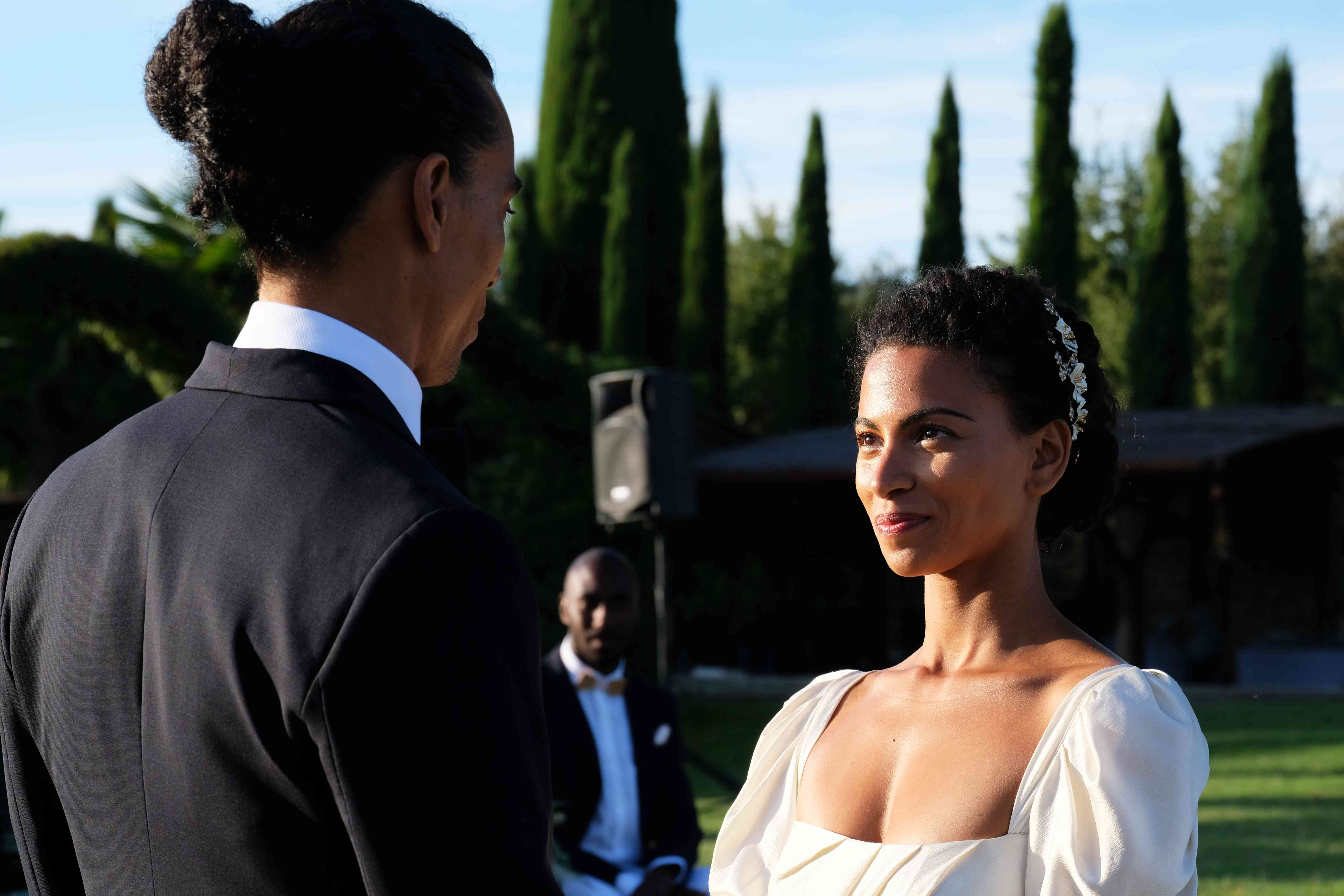 <p>couple at ceremony</p><br><br>