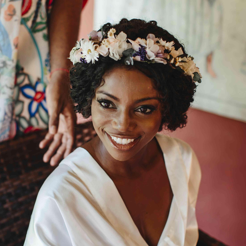 bridal beauty look flower crown