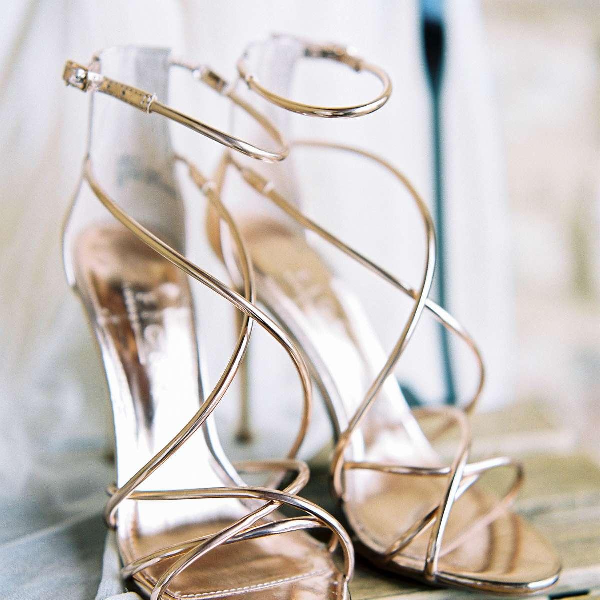 <p>Bride's shoes</p>