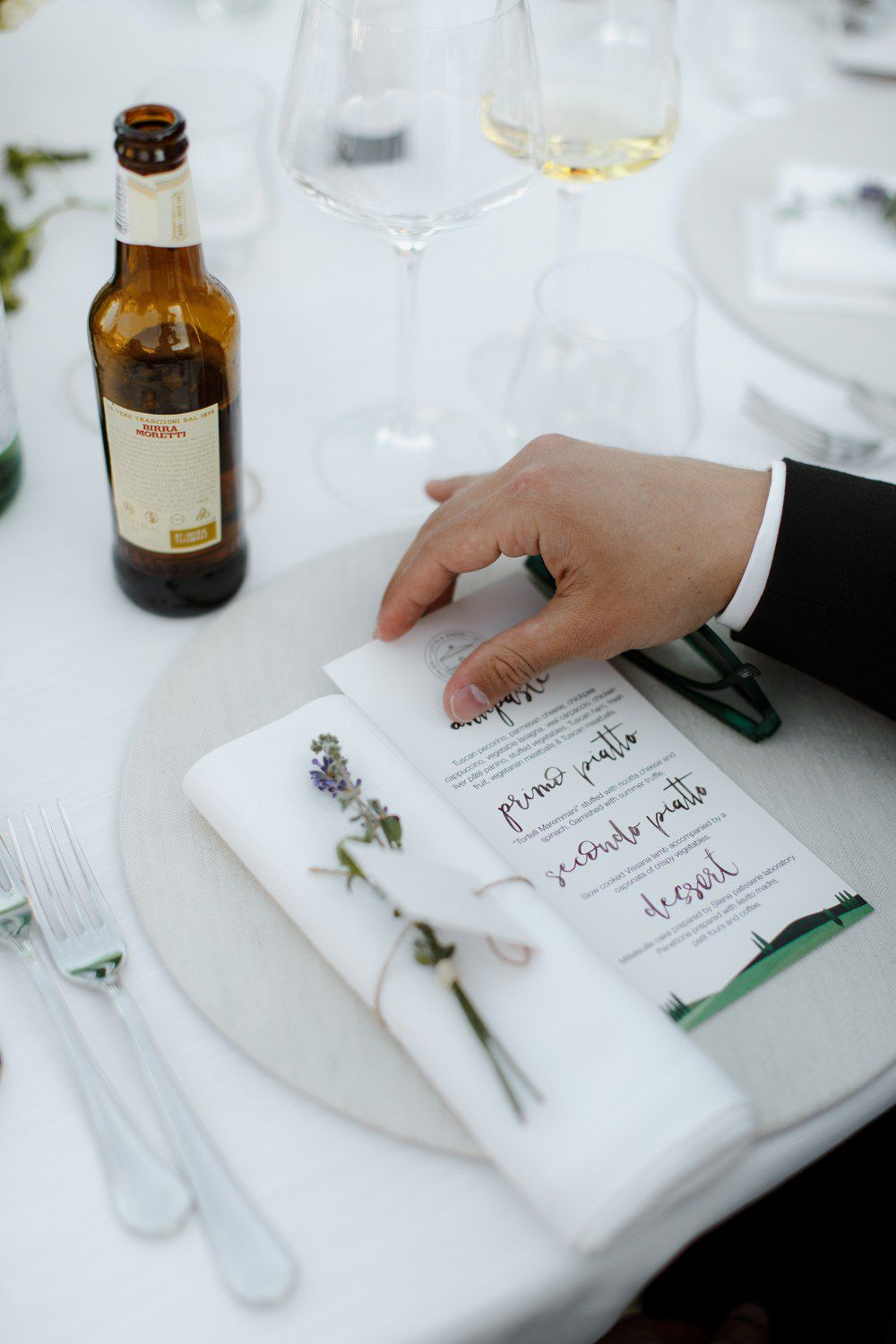 Everything To Know About Charitable Wedding Favors