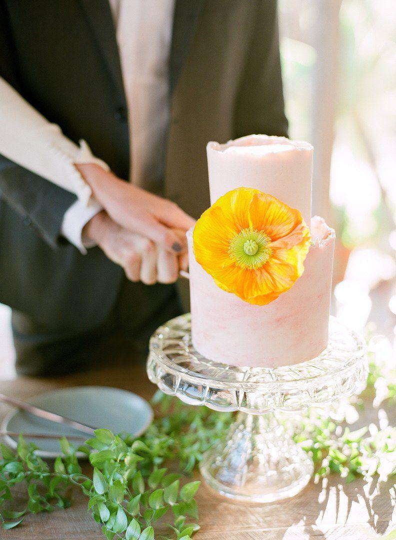 Amazing 15 Unique Wedding Cake Flavors That Go Far Beyond Vanilla Funny Birthday Cards Online Aboleapandamsfinfo