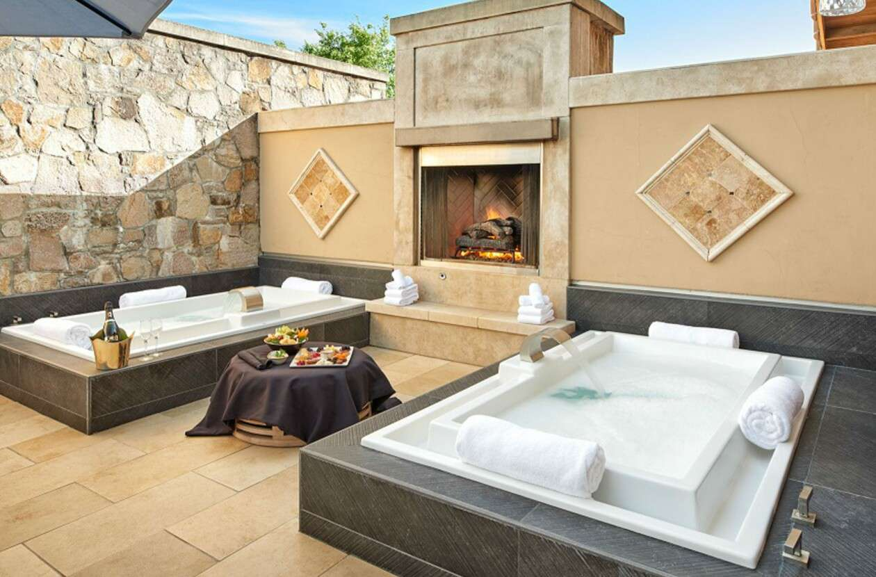 Open-air spa suite for couples at The Estate Yountville