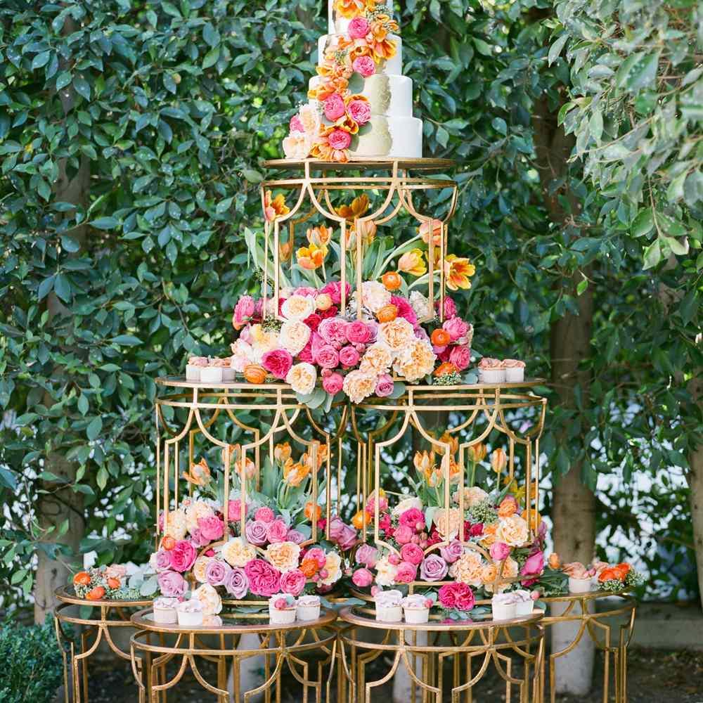 Glamorous Five-Tiered Wedding Cake