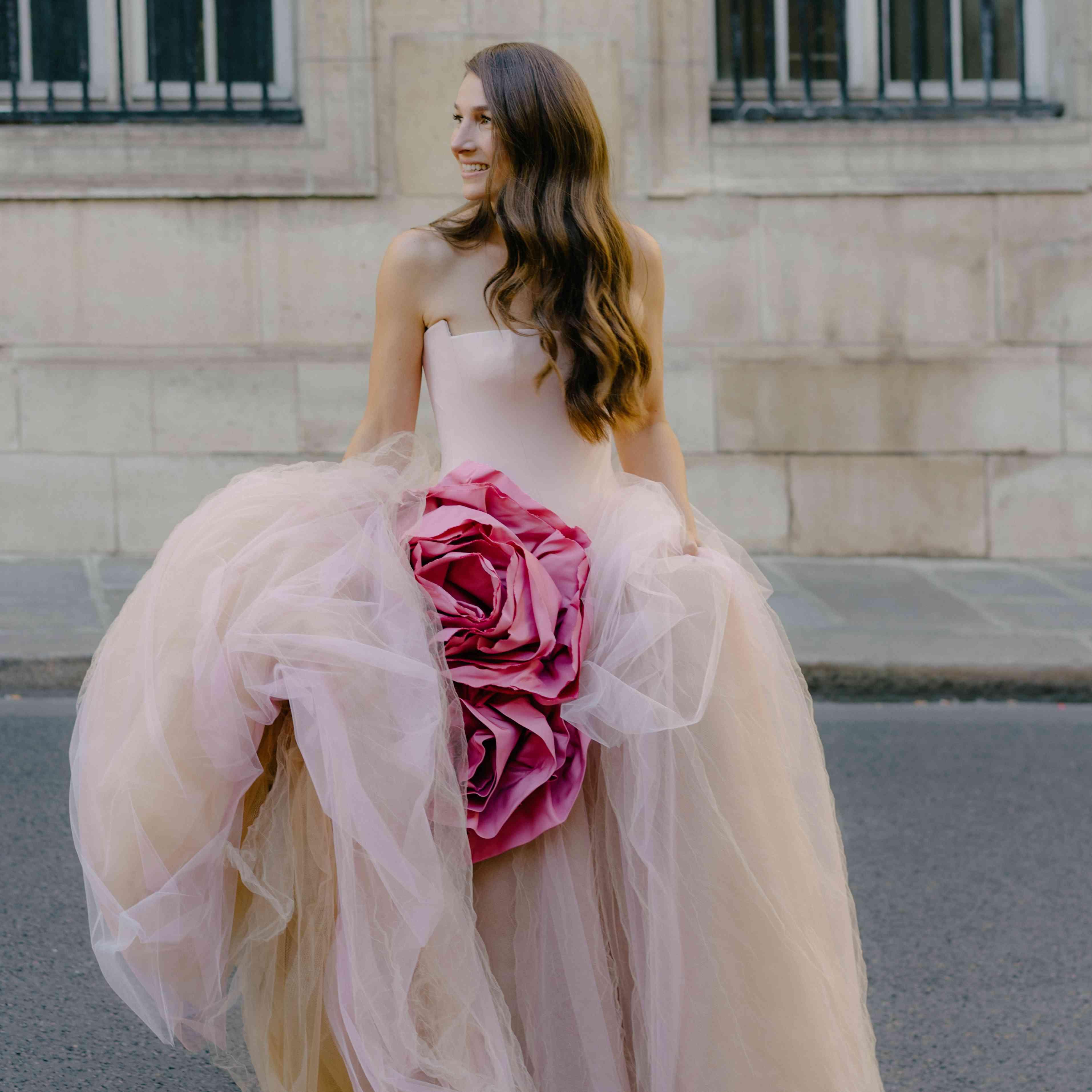 bride on streets of Paris