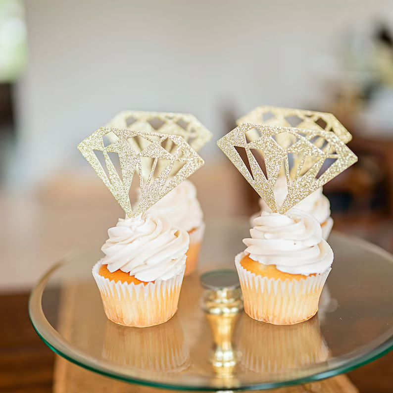 cupcakes with rings