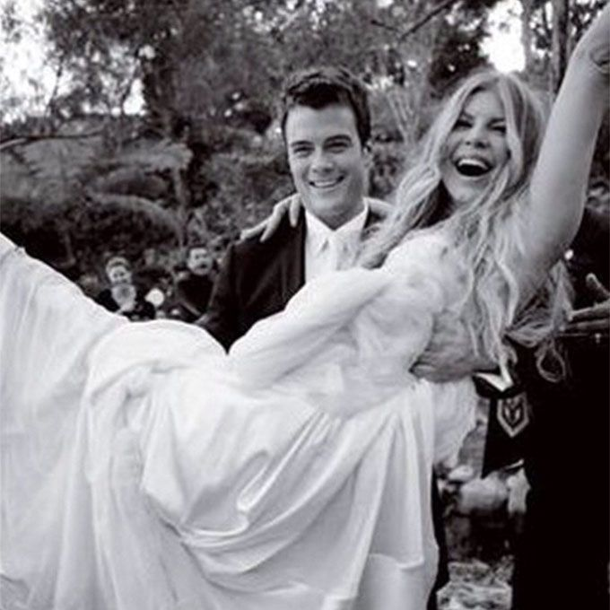 Fergie marries Josh Duhamel in Dolce and Gabbana, 2009