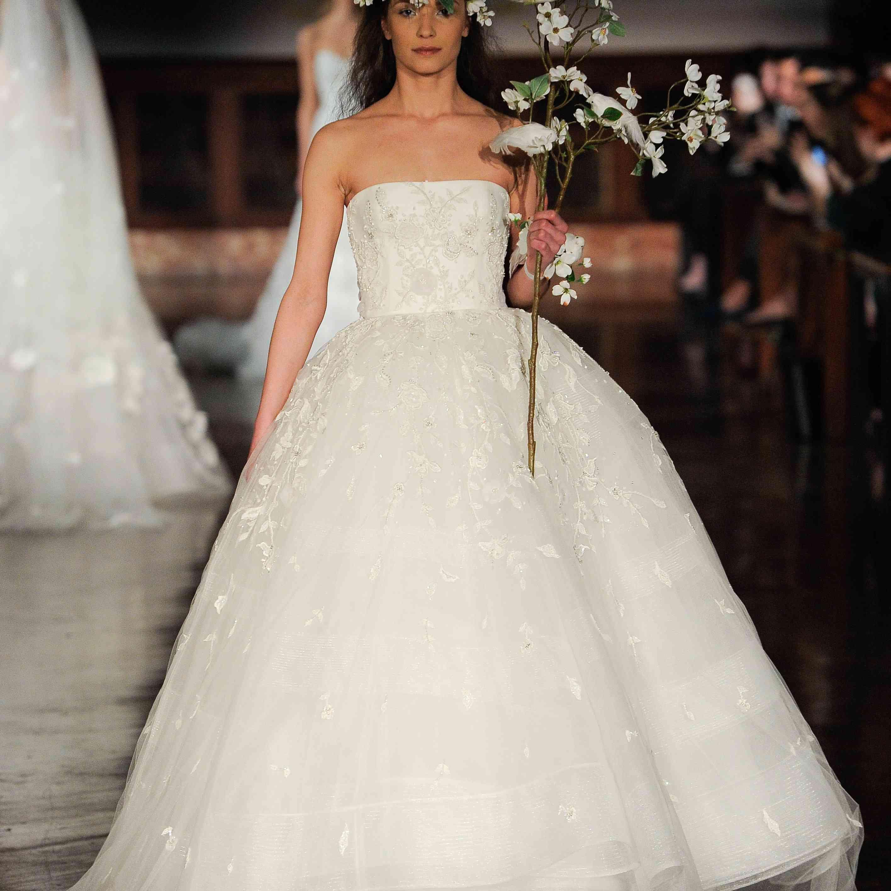 Discount Blush Vintage Full Lace Wedding Dresses Plunging V Neck