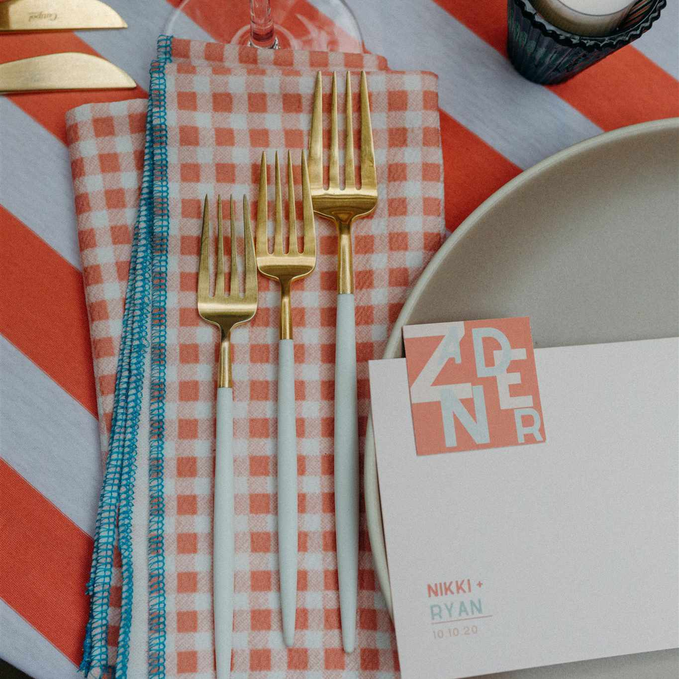 Napkin and cutlery details