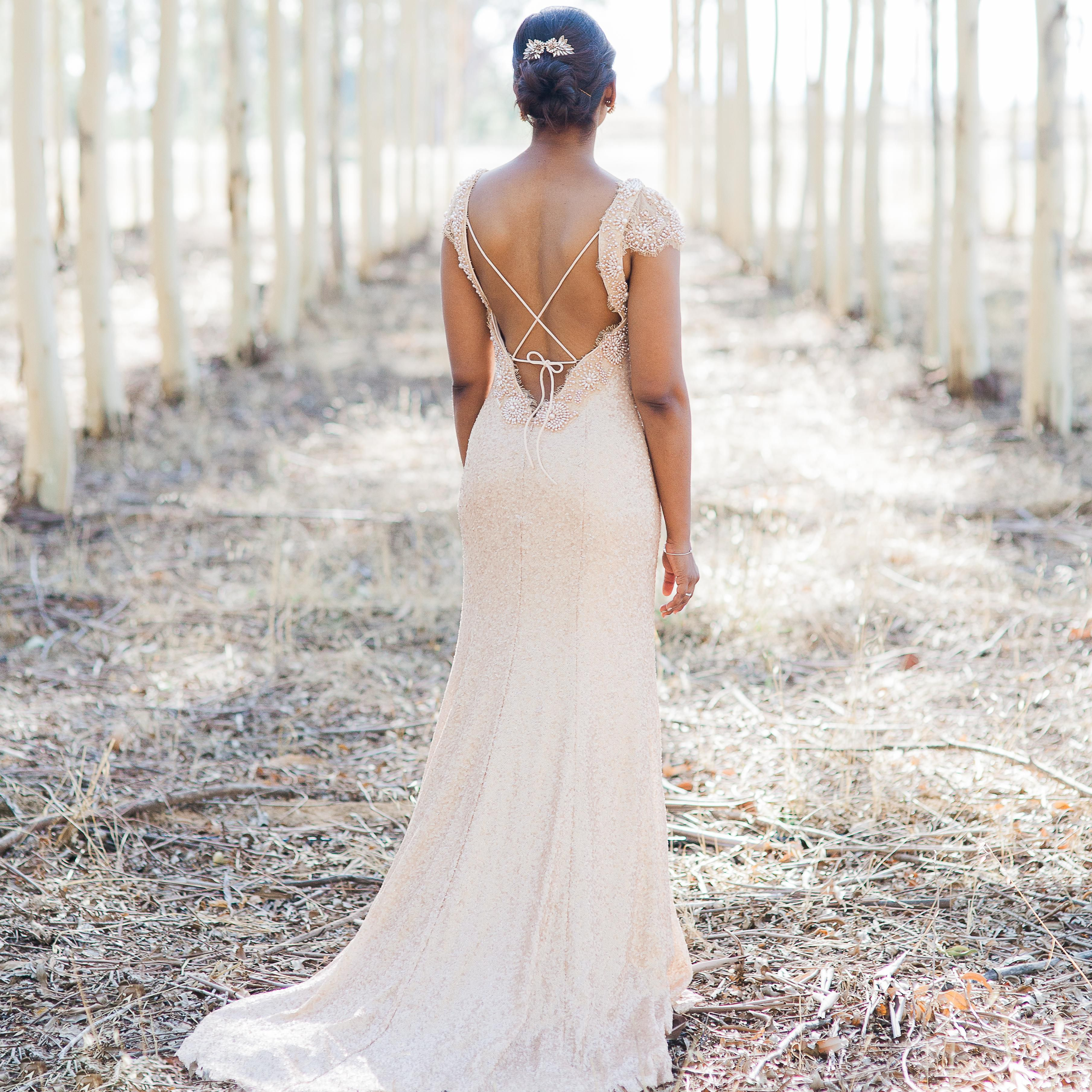 17 Real Brides Who Wore Swoon Worthy Backless Wedding Dresses