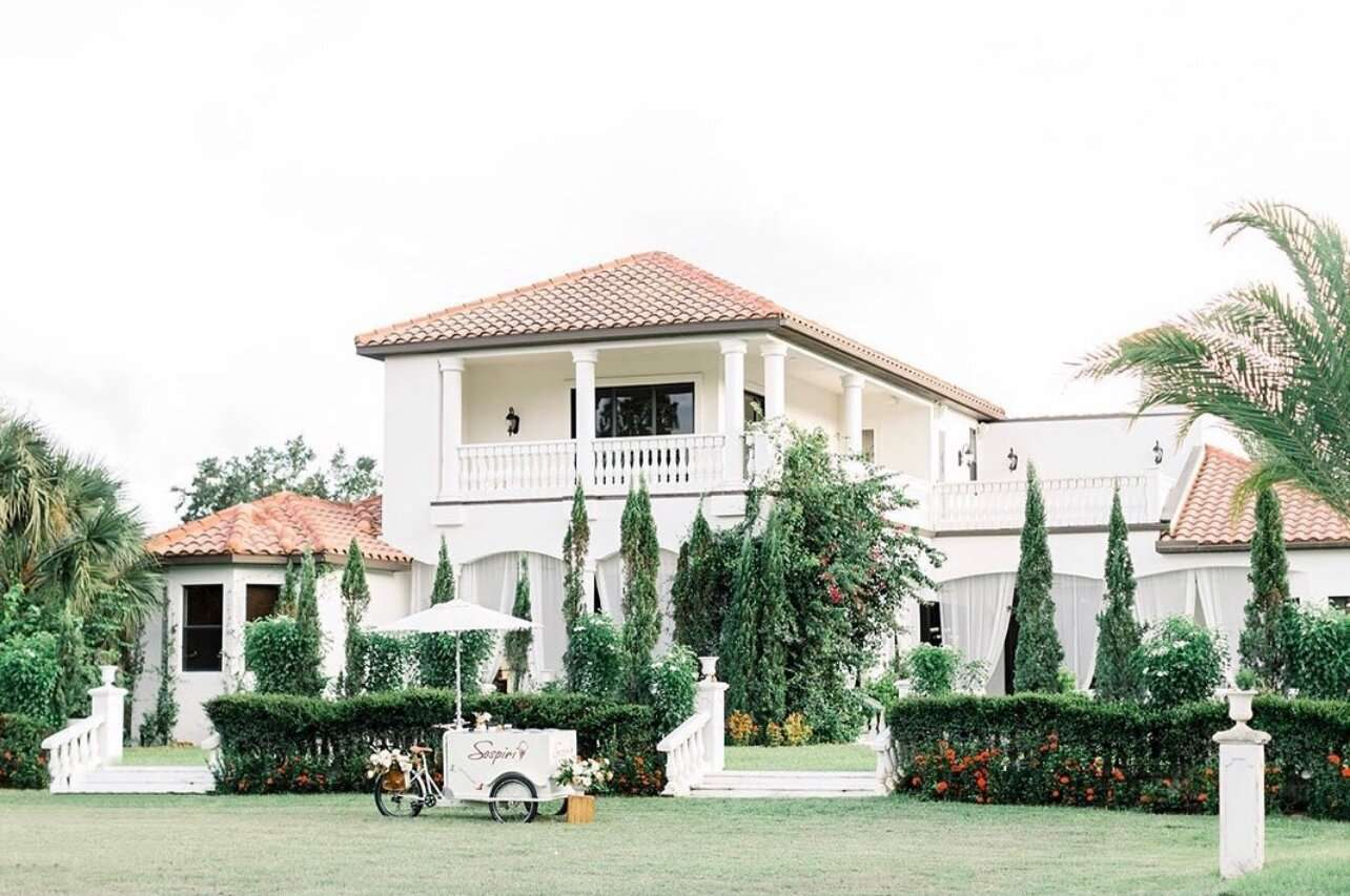 Front lawn of La Casa Toscana wedding venue in Fort Myers, Florida