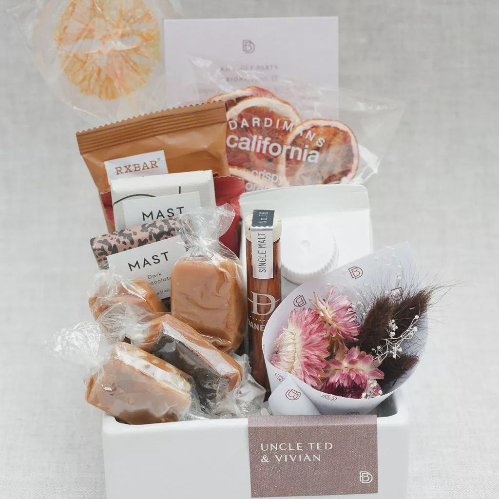 25 Creative Wedding Welcome Bag Ideas
