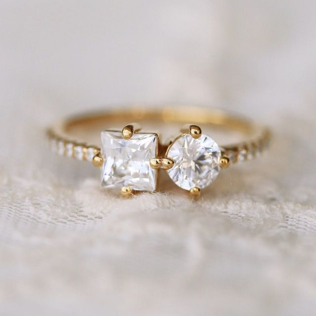 AristaGemsArt Two Stone Engagement Ring Princess & Round Cut Moissanite Engagement Ring