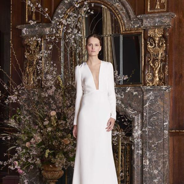 65 Plunging Neckline Wedding Dresses For The Daring Bride