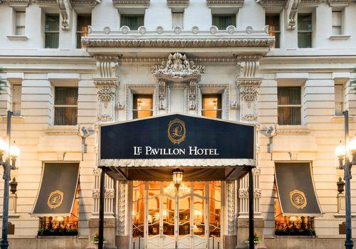 The exterior of Le Pavillion Hotel New Orelans.