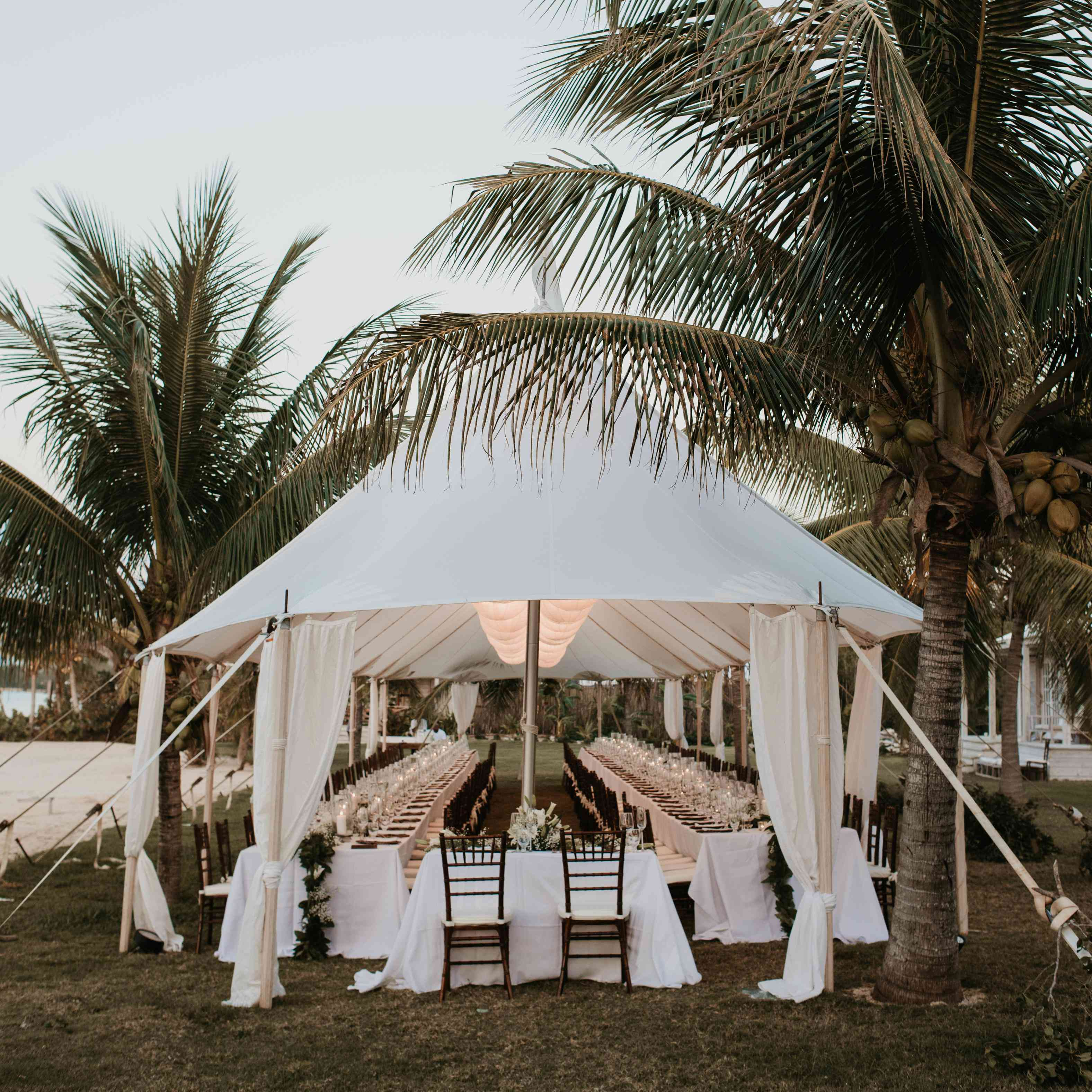 Outdoor Wedding Ceremony Tent: 25 Breathtaking Tents For Your Outdoor Wedding