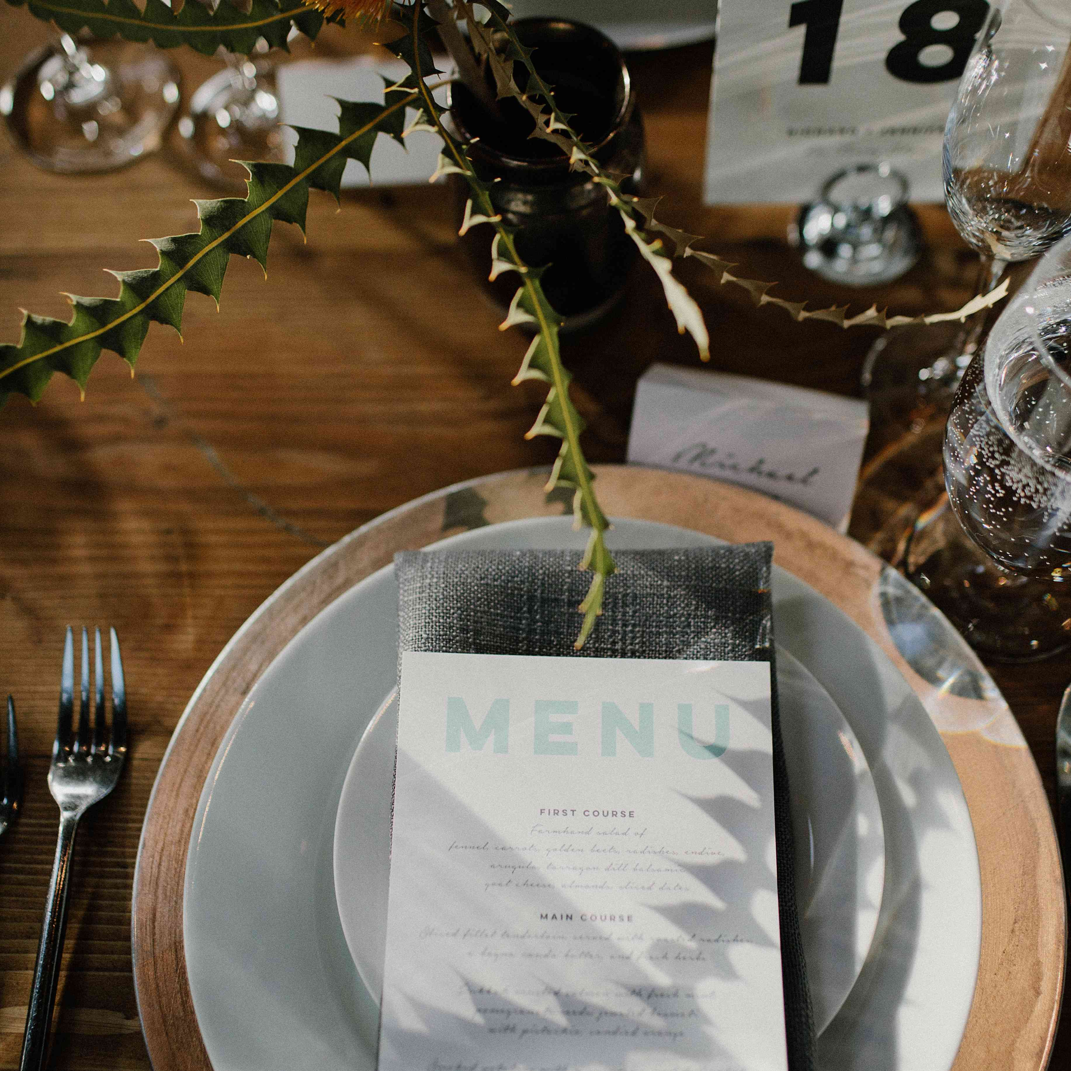 <p>Wedding place setting</p><br><br>