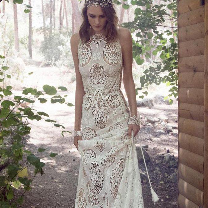 Sleeveless bohemian wedding gown