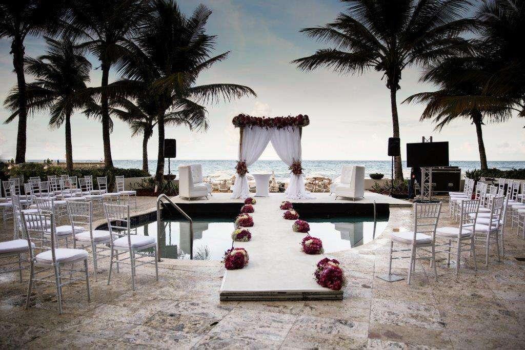 <p>La Concha Renaissance San Juan Resort</p><br><br>