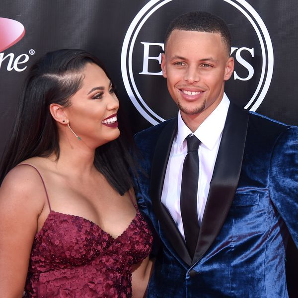 aede6187885 Ayesha Curry Is Helping Her Sister-In-Law Find Her Dream Wedding Dress