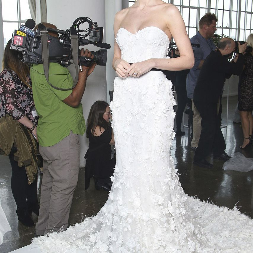 42 Wedding Dresses With Fresh (Off The Runway) Floral Details