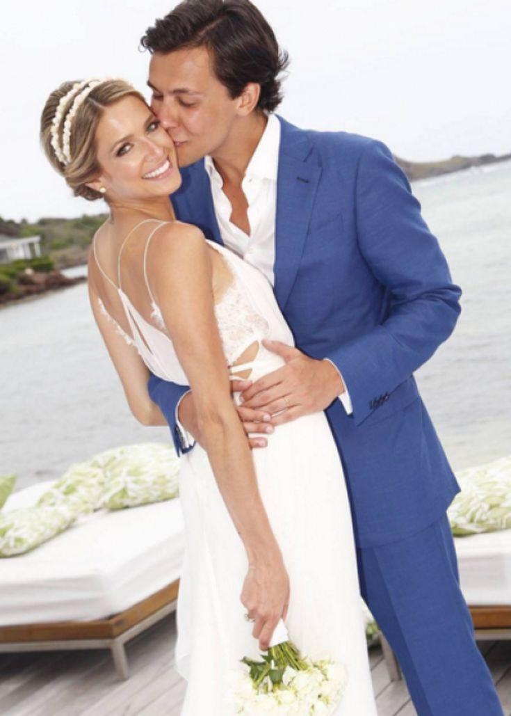 Helena Bordon S Wedding Dress Is Giving Us Life See Photos Of The
