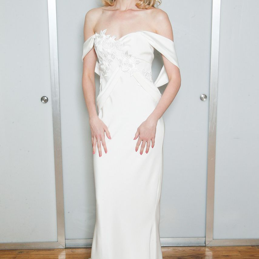 38 Effortlessly Romantic Off The Shoulder Wedding Dresses