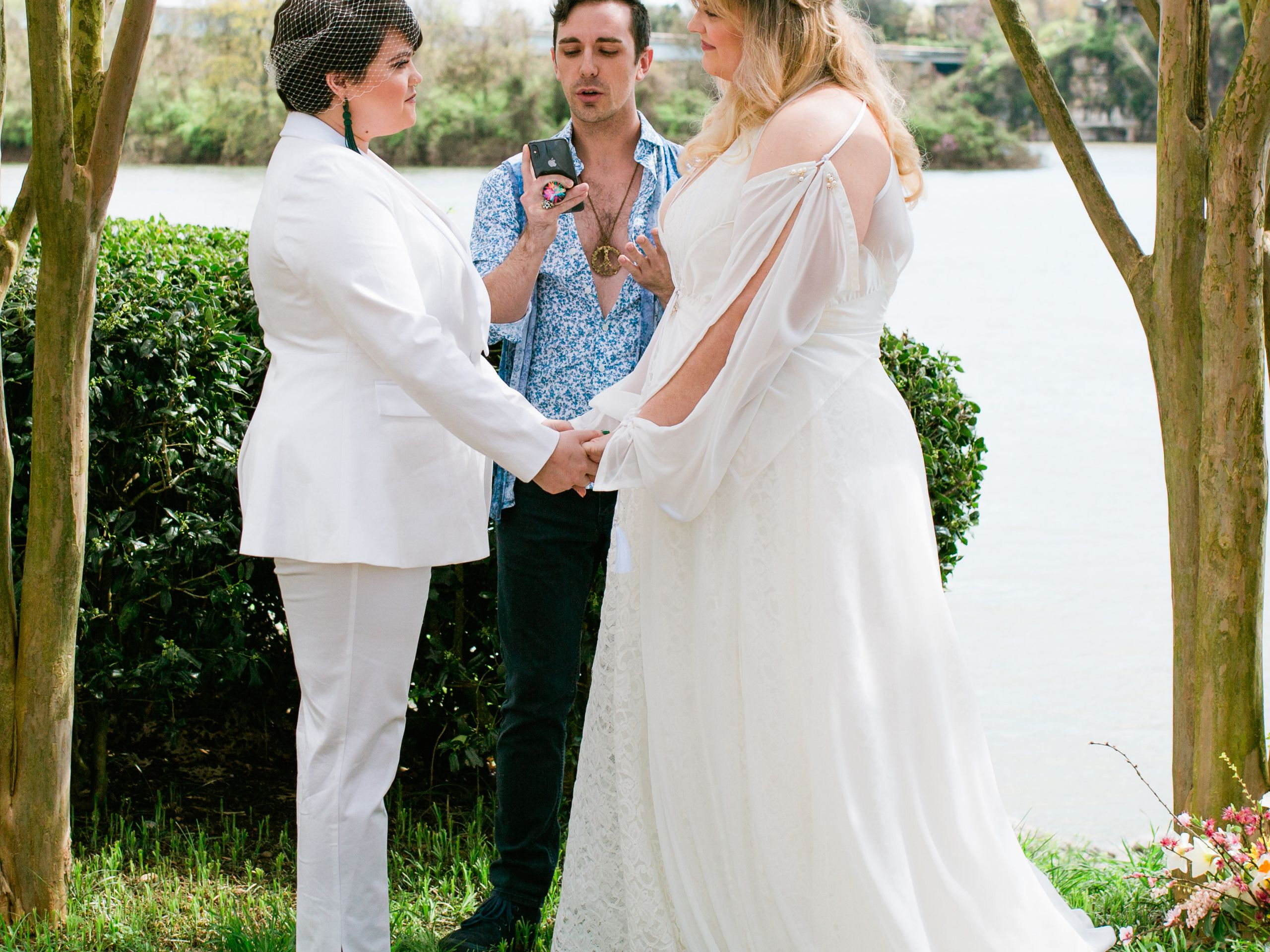 36 Real Covid 19 Weddings From Around The World