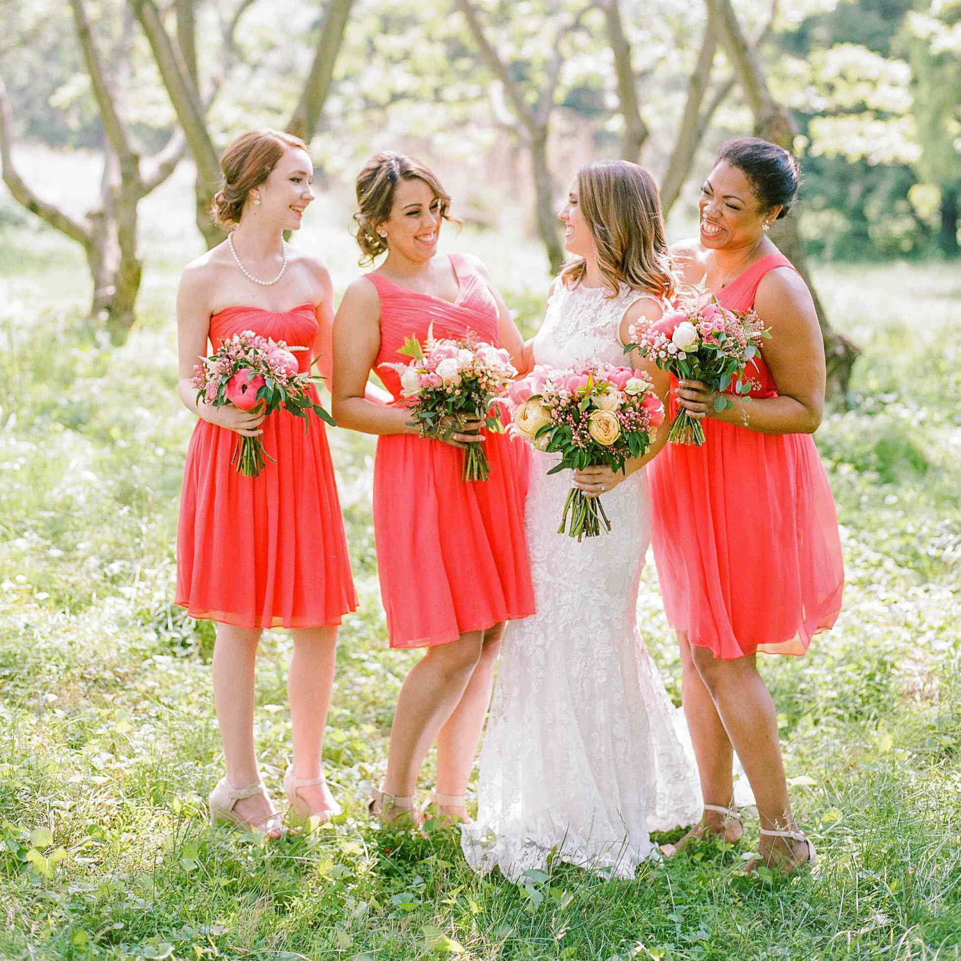Do Bridesmaids Buy Wedding Gifts: Do Bridesmaids Need To Bring Gifts To All Pre-Wedding Events?