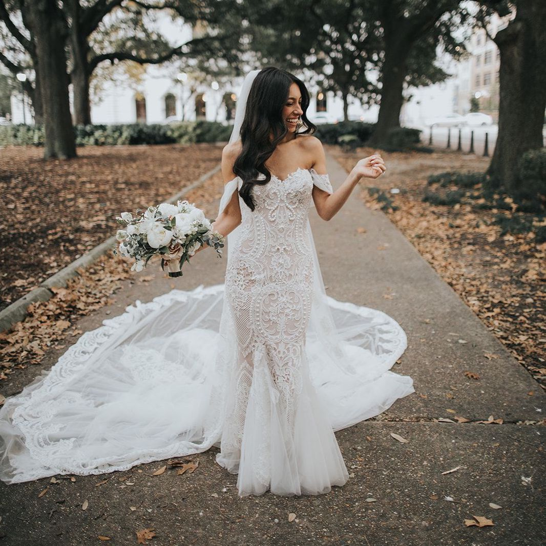19 Sexy Wedding Dresses For The Bold Bride