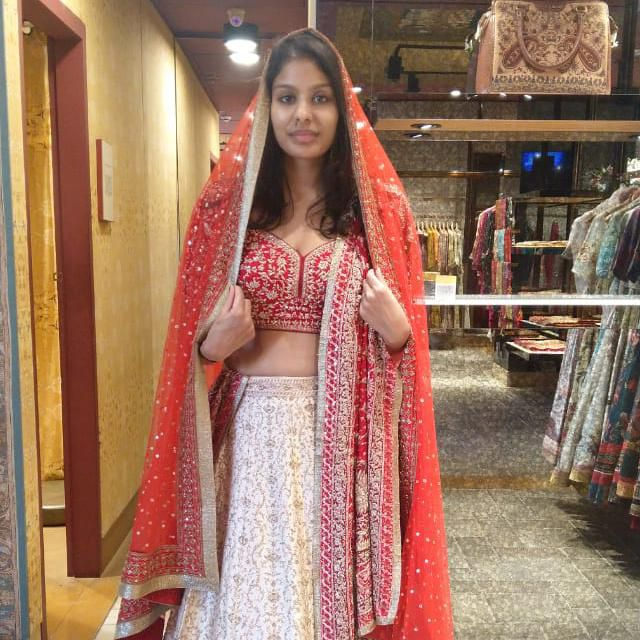 Buying 5 Wedding Dresses In 5 Days My Search Through India